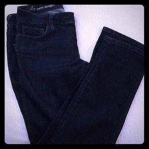 Ann Taylor loft curvy straight jeans 4P